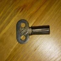 Ключ для подзавода судовых часов 5ЧМ